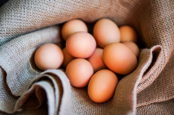 Uovo-Uova-Eggs-In-Italian